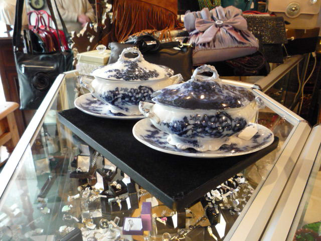 A pair of small flow blue sauce tureens.